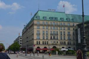 Hotel Adlon pequena